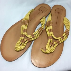 Dolce vita Sandals yellow & tan flip flop size 10